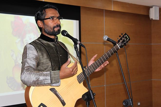 Imagen: Embajada de la India dona colección de libros sobre cultura ese país