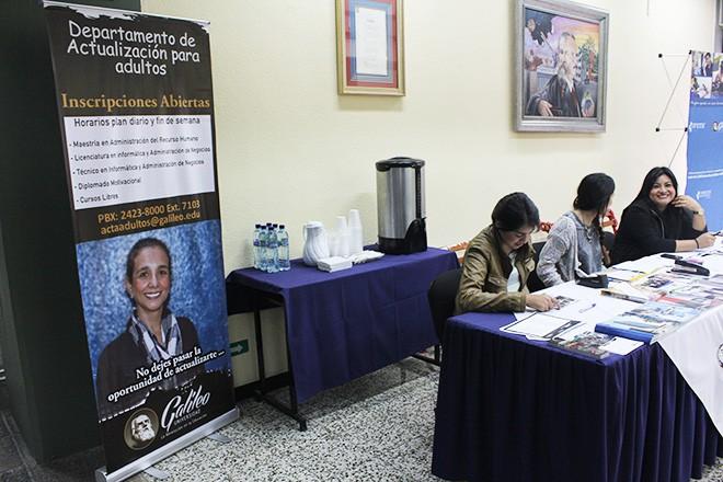 Imagen: Estudiantes presentan diseño de campaña publicitaria para APA