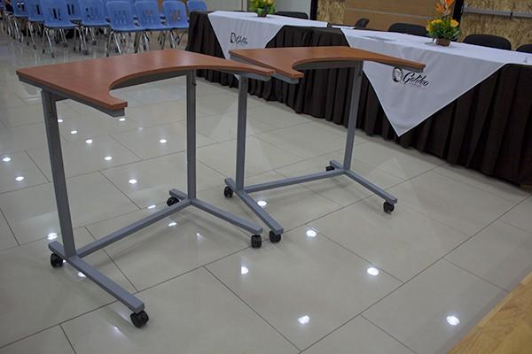 Imagen: Proyecto logra la donación de escritorios a estudiantes con