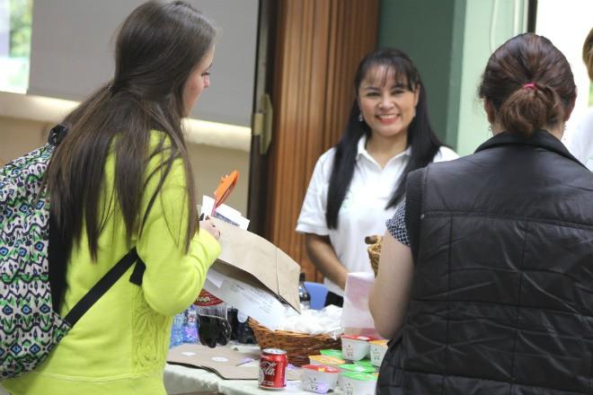 Imagen: Estudiantes aprenden a crear novedosos proyectos empresariales