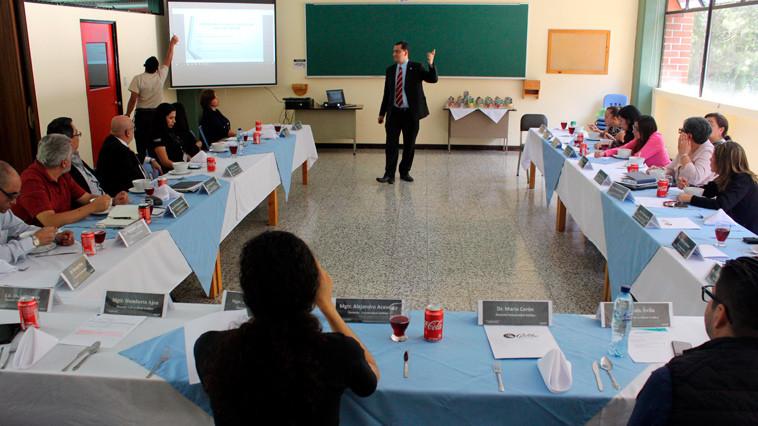 Dan Bienvenida Al Nuevo Ciclo Académico Y Conmemoran El Día