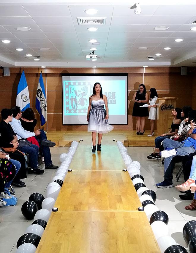 Imagen: Estudiantes desarrollan habilidades sobre imagen pública en pasarela