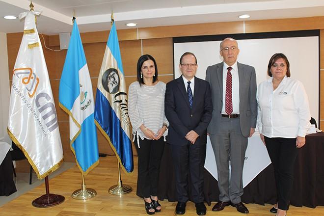 Imagen: Universidad Galileo firma acuerdo académico con Corporación Multi