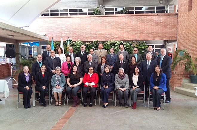 Imagen: Intercambio Académico con la Premio Nobel de Química del año 2009