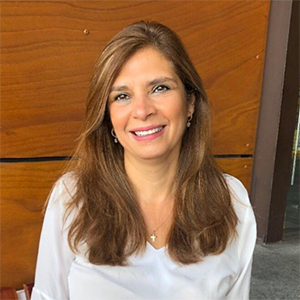 Licda. Sandra Recinos