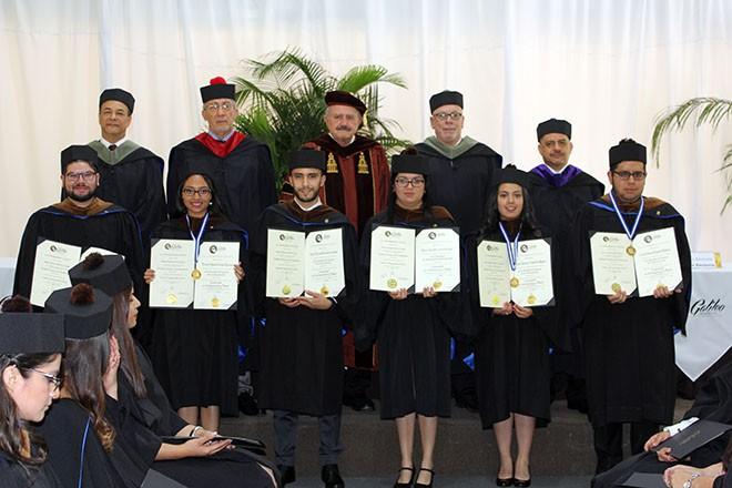 Imagen: Se gradúan nuevos profesionales en Comunicación y Diseño