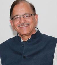 Imagen: Dr. Anil Dhingra de India, comparte aspectos clave para el crecimiento