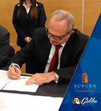 Imagen: Universidad Galileo firma convenio con Auburn University
