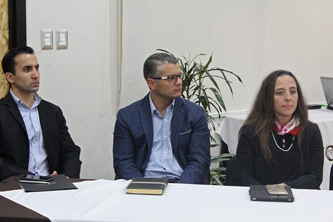 Imagen: Conferencia líderes tradicionales a líderes digitales por experto de