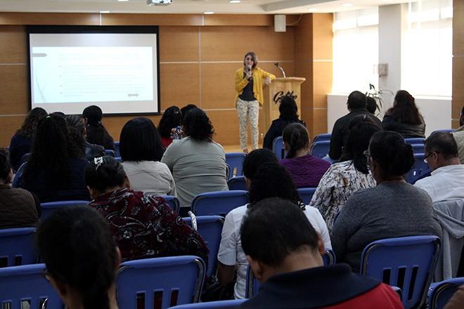 "Imagen: XXVIII Encuentro de Profesores ""Educar para Pensar"""