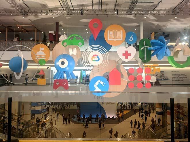 Imagen: Estudiantes conocen avances tecnológicos en el Google Cloud Next´19