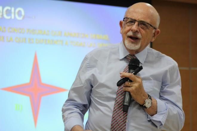 Imagen: Conferencia Creatividad e Innovación por Alejandro Schnarch
