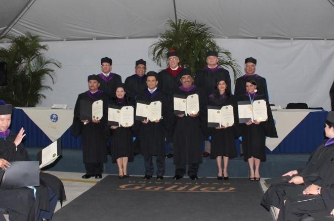 Imagen: Se gradúan nuevos profesionales de diferentes carreras