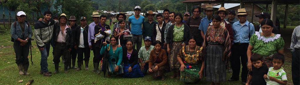 Diego Quan junto a Comunidad del Quiché NP
