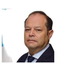 Dr. Rubén González