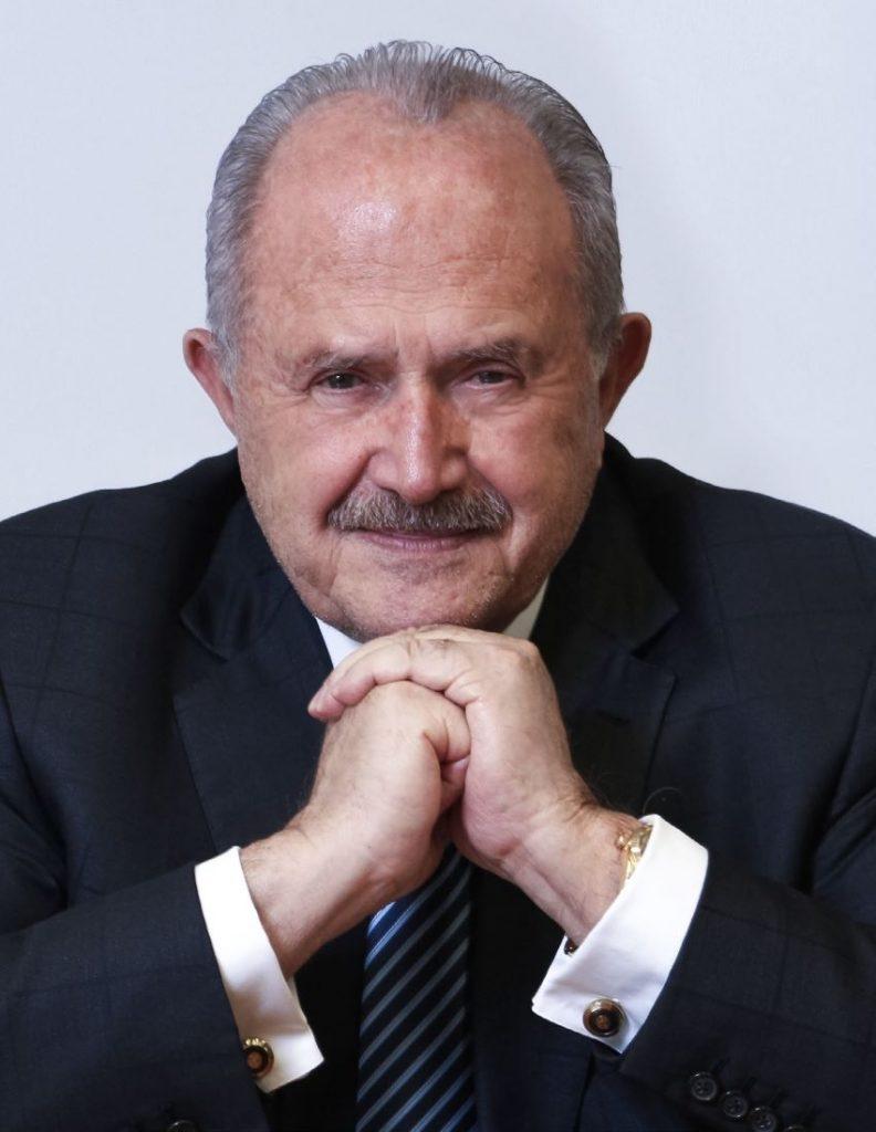 El Dr. Eduardo Suger, Rector de Universidad Galileo.
