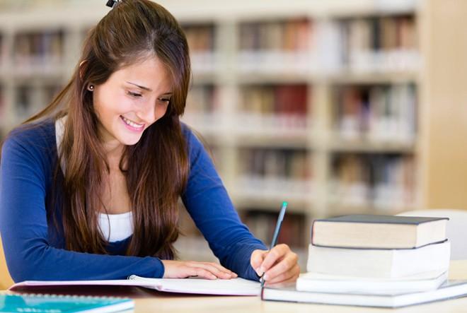 Imagen: ¿Es posible trabajar y estudiar una carrera de ingeniería?