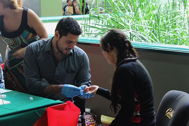 Imagen:  Facultad de Salud realiza pruebas de VIH en U Galileo