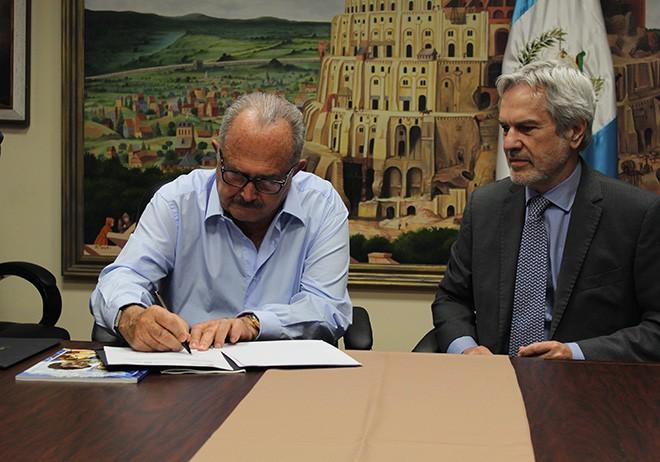 Imagen: U Galileo y OEI trabajarán en mejoras para la docencia en el país