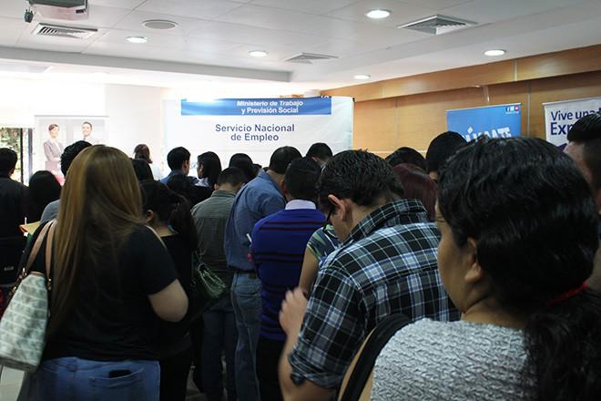 """Imagen: Más de mil estudiantes asistieron a la  """"X Feria del Empleo Galileo"""""""