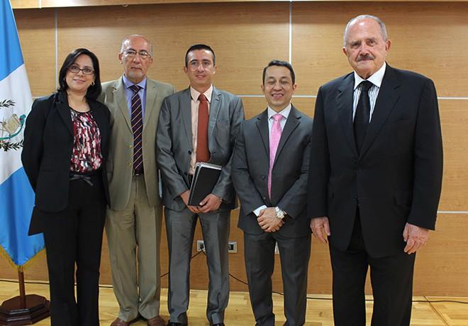 Imagen: Apertura del Centro de Apoyo a la Tecnología e Innovación en U Galileo