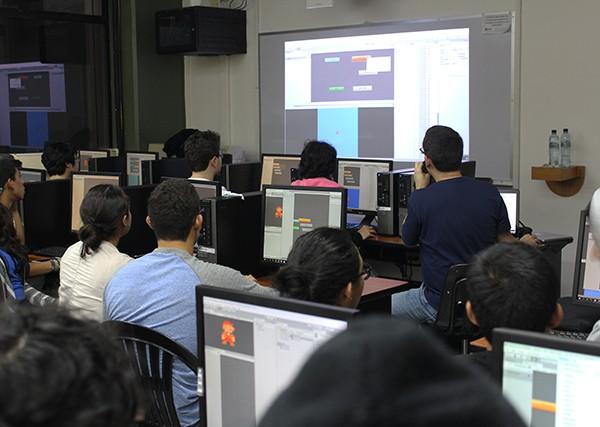 """Imagen: Primer y único """"Bootcamp"""" de desarrollo de videojuegos para jóvenes en"""