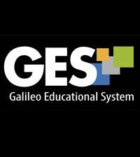 Imagen: Estudiantes de primer ingreso aprenden a utilizar el campus virtual GES