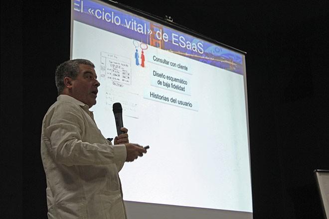 Imagen: UC Berkeley devela libro Engineering Software As a Service en español
