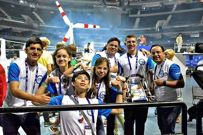 Imagen: Selección Nacional de Robótica triunfa en competencia internacional