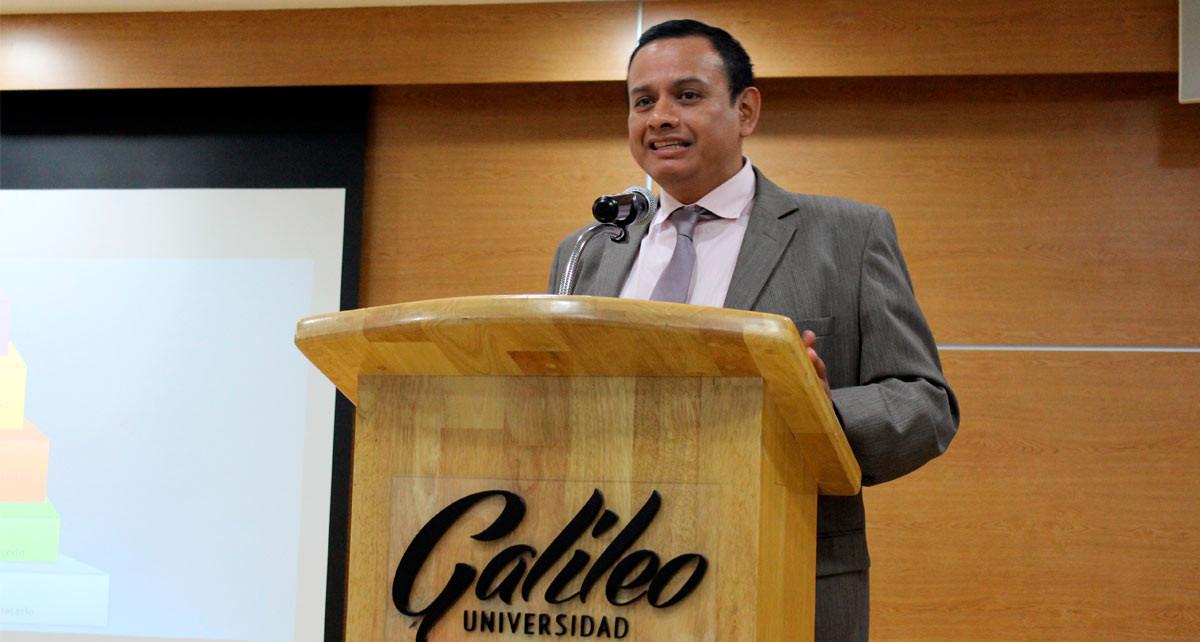 Imagen: Conferencia impulsa liderazgo de éxito en profesionales